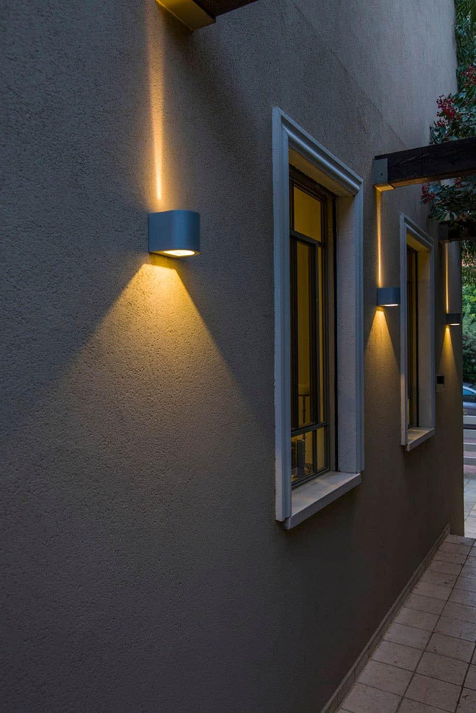 חזרתיות היוצרת מקצבים של תאורה, בשימוש בגופי תאורה המייצרים אלומות אור מעניינות ולא שגרתיות - שירית דרמן מעצבת פנים ויועצת תאורה