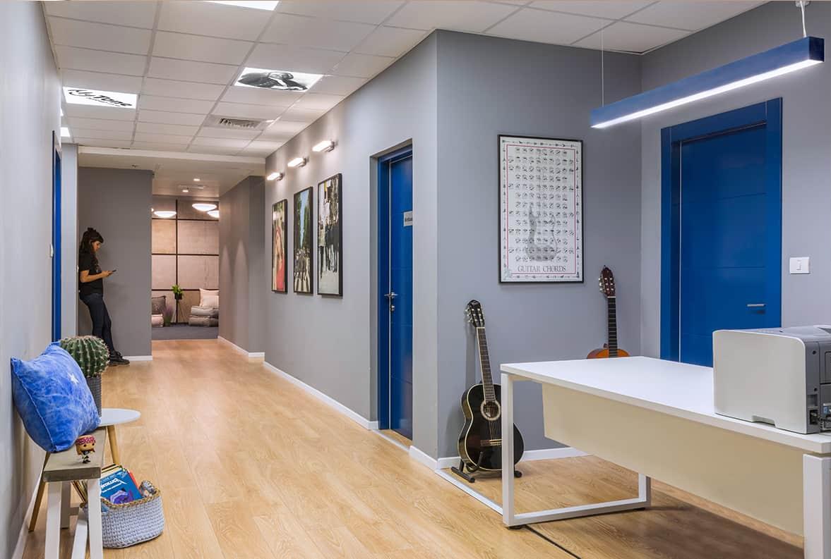 עיצוב מרחבי למידה - תכנון ועיצוב בית ספר למוסיקה שירית דרמן